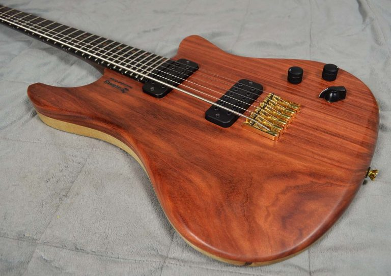 Zachary Handcrafted Custom Guitars